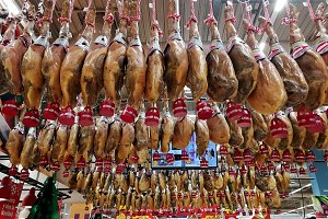 Market of Christmas with ham,