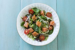 Fresh smoken salmon salad