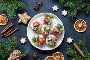 Christmas sweet cakes with cream