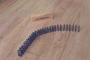 Domino 4