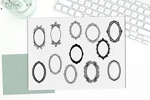 Oval frames hand drawn - vector