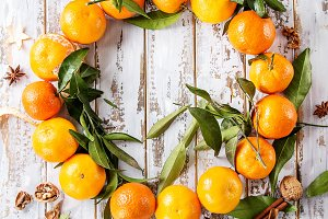 Christmas wreath with tangerines