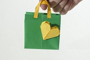 Small Shopping bags origami.