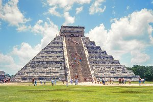Temple of Kukulkan. Chichen Itza