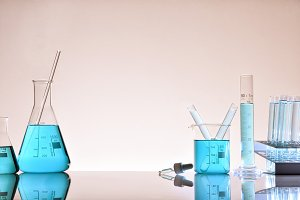 Laboratory glassware warm