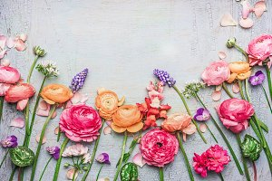 Shabby chic flowers border