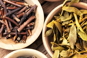 dried medicinal plants