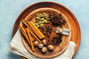 Spice collection on the plate : cinn