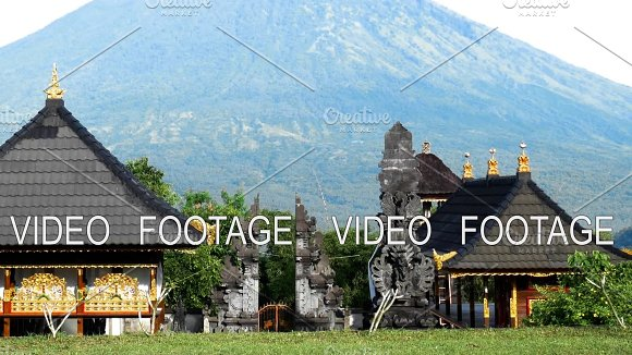 Pura Lempuyang Temple With Mount Agung In The Background In Bali Indonesia