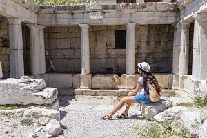 Woman traveller at ancient ruins