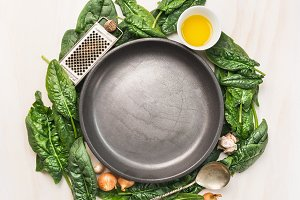 Spinach leaves cooking frame