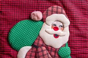 A Santa Claus made in patchwork