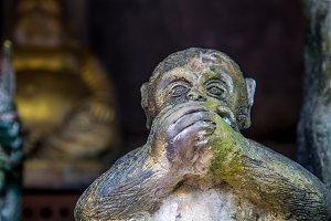 statues of monkeys