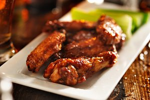 bbq chicken wings with celery