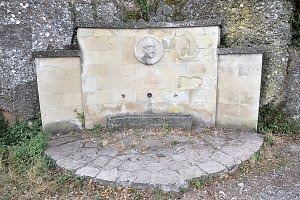 Joan Maragall monument