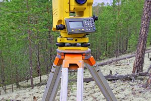 Modern shabby electronic total station