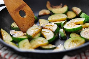 cooking zucchini in iron skillet