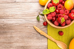 Ripe fruit in a bowl