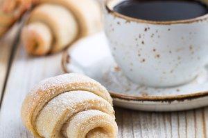 Rugelah cookie and milk