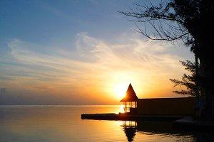 Sunrise Beach Hut