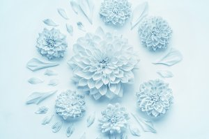 Blue round floral composition