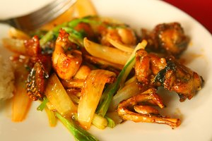 roasted frog legs with vegetables