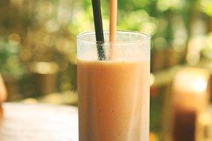 sappodila shake close up photo with straw