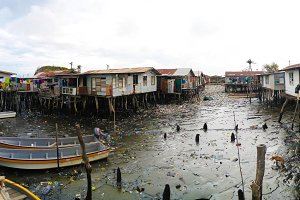 Slums at Hanuabada village at the outskirts of Port Moresby, Papua new Guinea