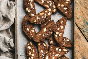 Dark chocolate and sea salt Biscotti with almonds