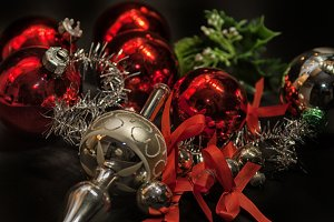 Baubles, peak and ribbons