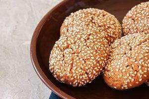 Oatmeal cookies wth sesame seeds