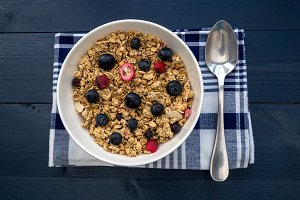 Breakfast cereal bowl blueberries