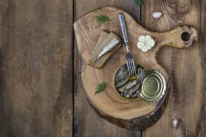 open a tin of smoked sprats in oil
