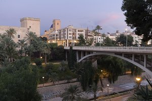 Views of the city of Elche dusk.