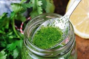 Green sauce, seasoning for salad