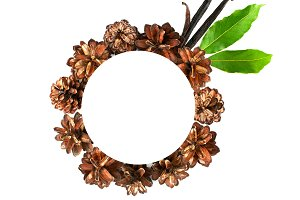 Wreath of pine cones
