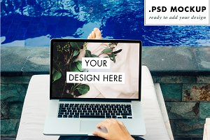 Computer PSD Mockup at the pool