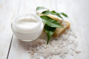 Face cream with  sea salt