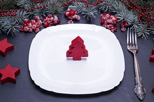 empty white square plate
