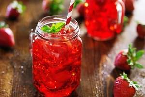 strawberry cocktail in mason jar