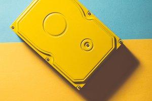 Unicolour hard disc yellow