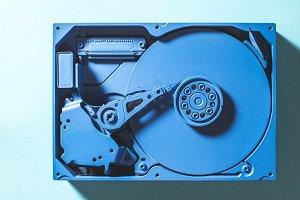 Unicolour hard disc