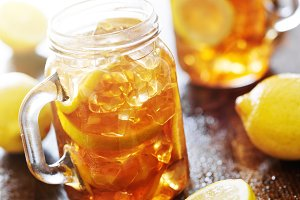 mason jars with sweet iced tea