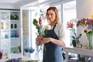 Woman making a bouquet