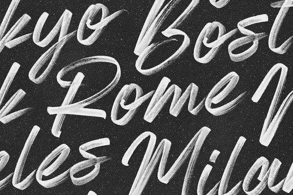 Almonte - OpenType SVG Font