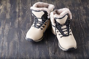 woman winter shoes