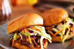 pulled pork bbq sliders