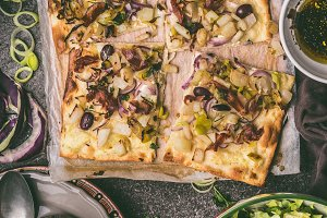 Vegetables tart with leek