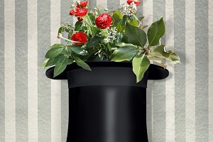 Cylinder With Red Roses