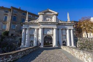 San Giacomo gate